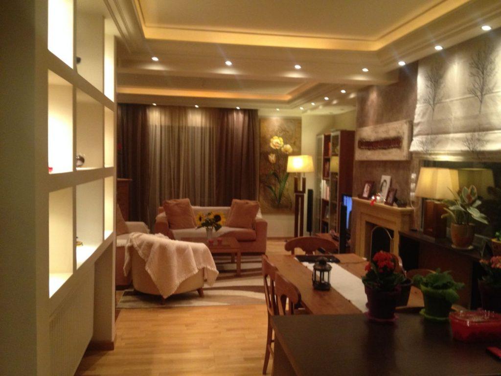 399 01 - Elena Lada Hospitality Services